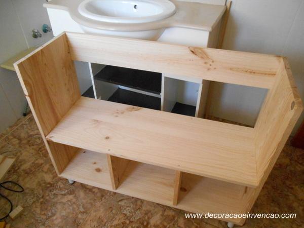 Armário de banheiro  DIY  Decoração e Invenção -> Gabinete De Banheiro Acrílico