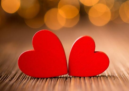 Kumpulan Contoh Puisi Cinta Paling Romantis Terbaik