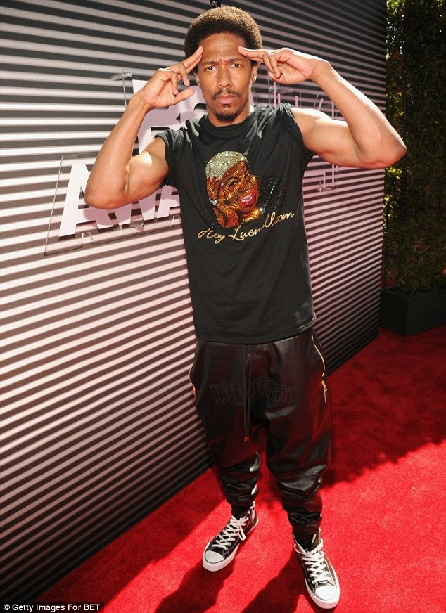 article 2674348 1F40BF2C00000578 412 634x872 Red Carpet photos from 2014 BET Awards + Full List of Winners