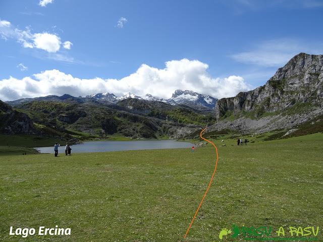 Ruta al Cantu Ceñal: Lago Ercina y Torre de Santa María de Enol