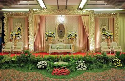 dekorasi pernikahan ukir jepara