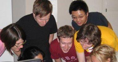 مؤسس الفيس بوك يحتفل بمرور 10 سنوات على إطلاق Newsfeed