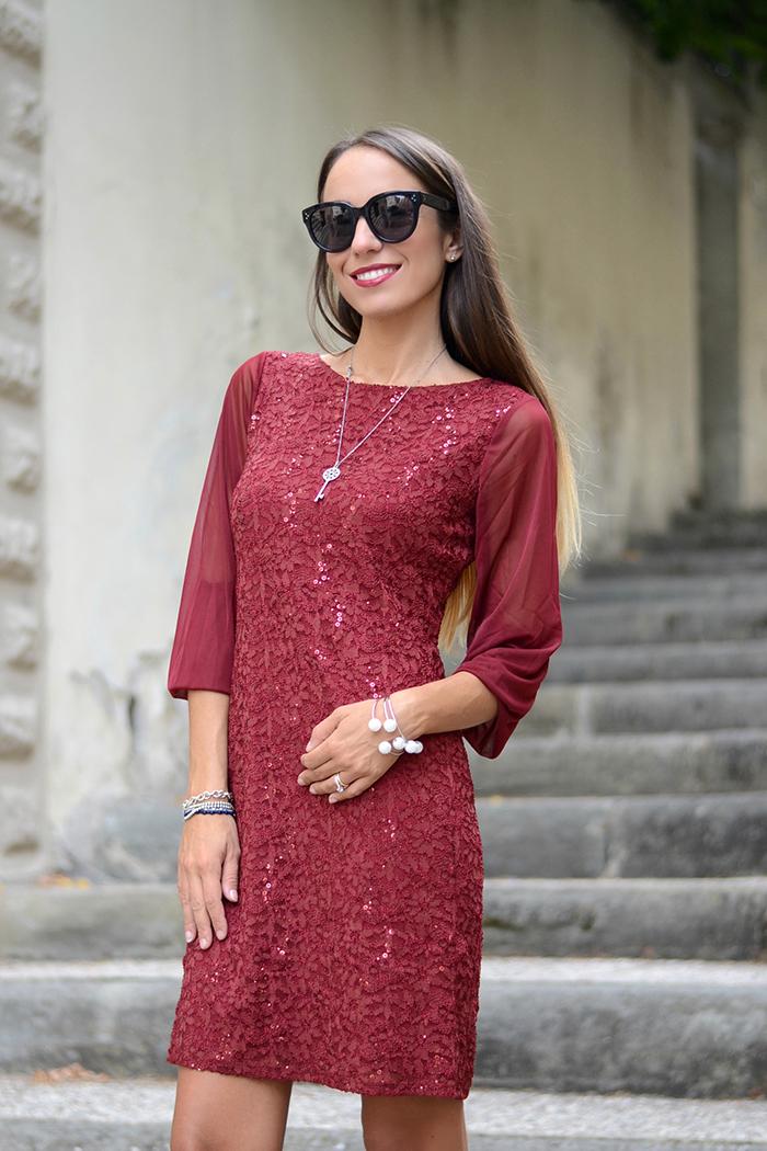 7481300afb03 Settimana della moda su HS24  il mio abito burgundy