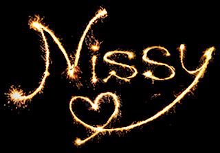 Nissy(西島隆弘)ロゴ カラー