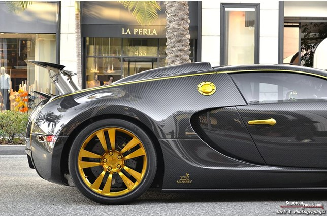 bespoke mansory bugatti veyron linea vincero d 39 oro for sale. Cars Review. Best American Auto & Cars Review