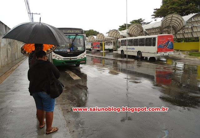Resultado de imagem para Saiunoblog Terminal de ônibus do centro de Lauro de Freitas