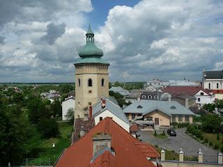 Жовква. Площа Вічева. Вежа-дзвіниця. 17 ст.