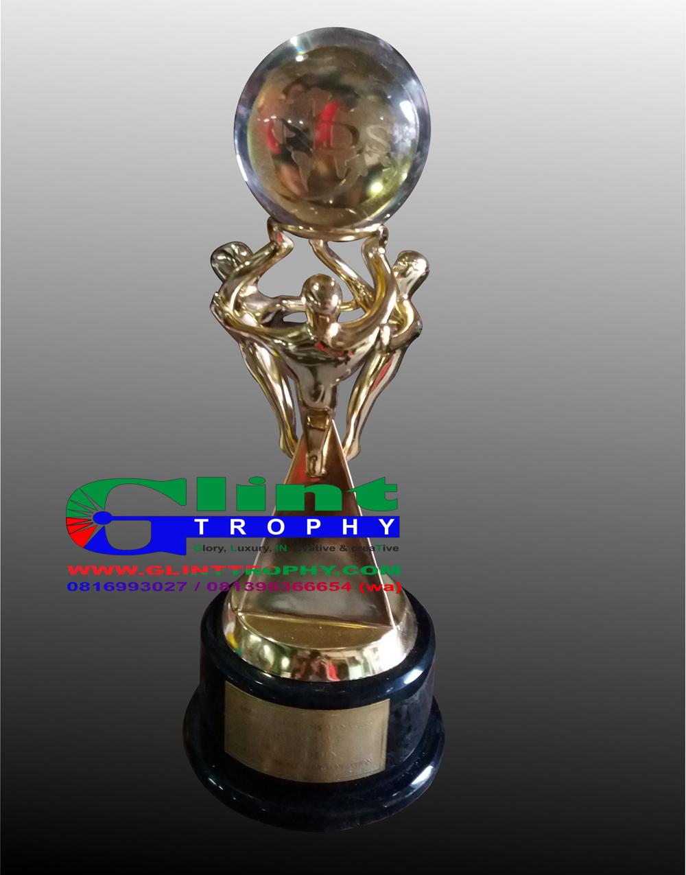 September 2017 Glint Trophy Pusat Dan Tempat Pembuatan Penjualan Plakat Fiber  Berkualitas Gliny Menerima Piala Dari Timah Resin Bisa Custom Sesuai Permintaan Diatas Biasa Digunakan Untuk Cindera Mata