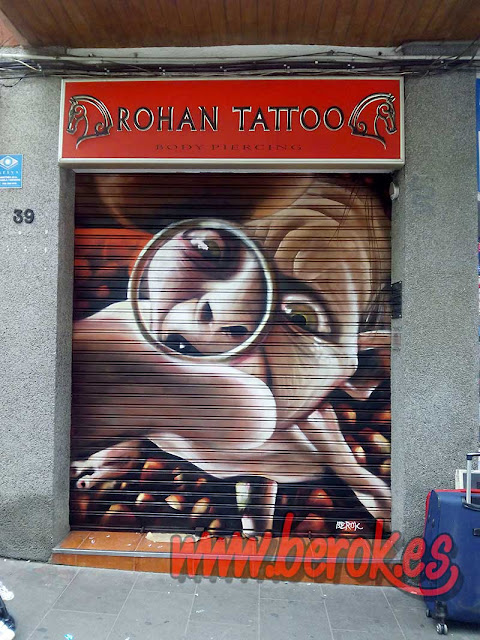 Graffiti persiana Gollum en Rohan Tattoo