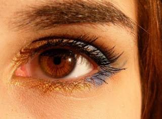 Puisi Cinta Dengan Mata Ini Karya Arifiani