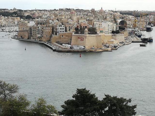 Love in Malta poem