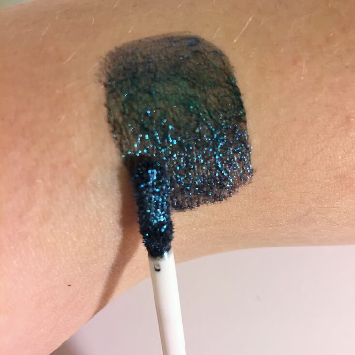 wet n wild coloricon Metallic Liquid Eyeshadow Aquatic Prism swatch