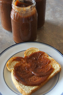 Crock Pot Apple Butter: Savory Sweet and Satisfying