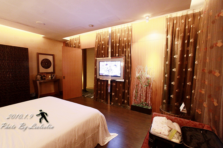 悅萊汽車旅館|尊榮豪景房型