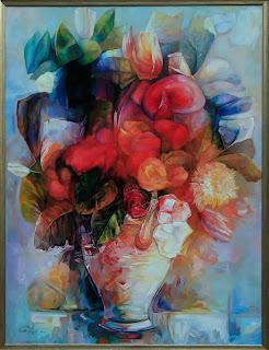 Kwiaty w wazonie, dużo czerwieni i błękitu, obraz olejny