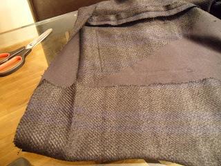 Tutorial: hacer un abrigo (Día 8: el dobladillo y el forro)