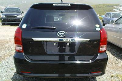 Eksterior Toyota Wish