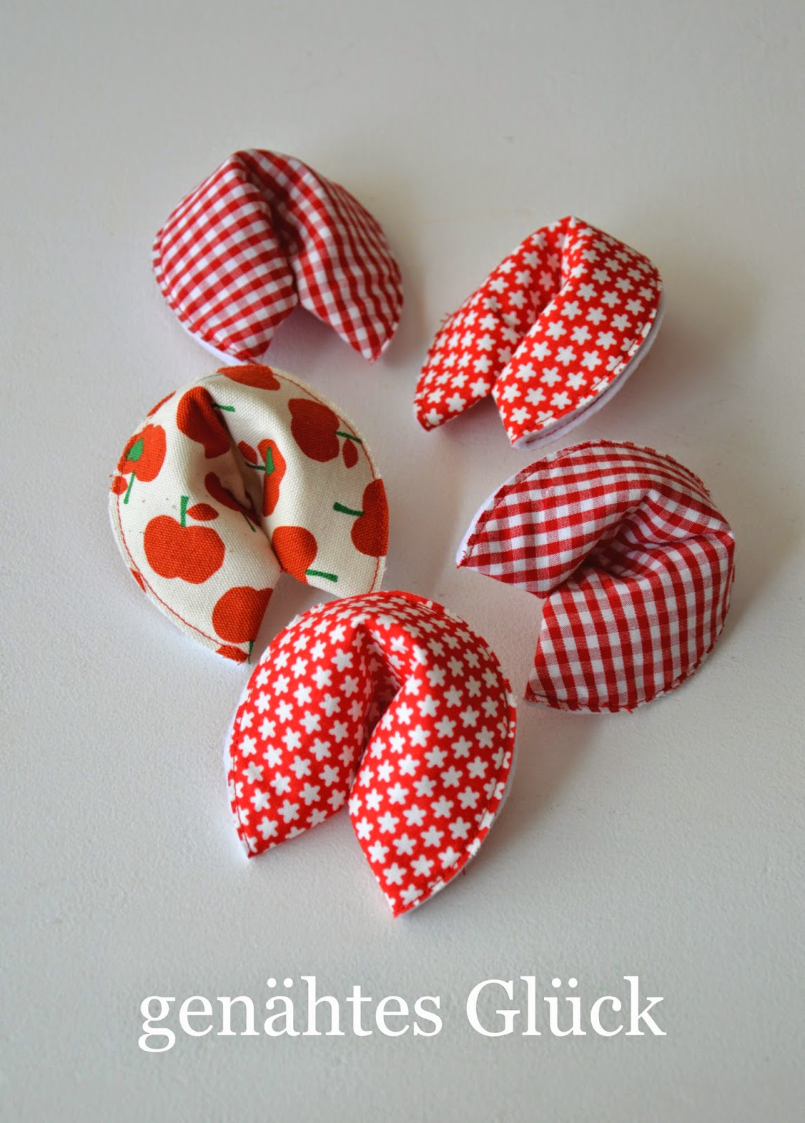 Genahte Gluckskekse In Der Box Zuckersusse Apfel Kreativer