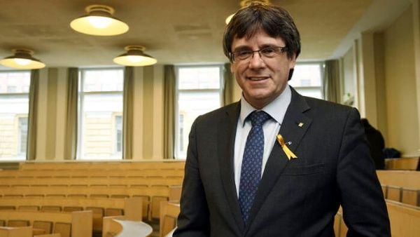 Puigdemont llama a no cesar la lucha por la soberanía catalana