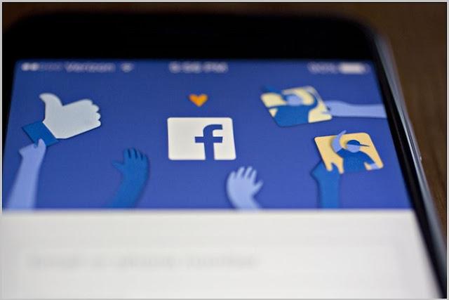 Facebook đang cân nhắc khi đưa ra quyết định tung bản trả phí