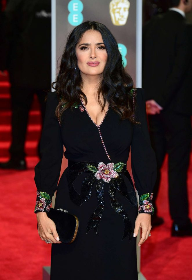 Salma Hayek Looks Hot in Black Outfit