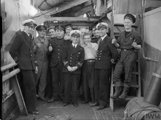 Sailors of HMS Marigold, 23 November 1941 worldwartwo.filminspector.com