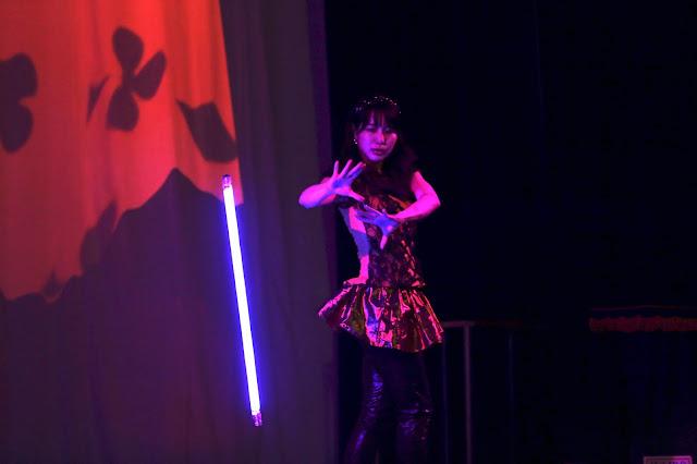 ダンシングケーン|女性マジシャン・アリス(有栖川 萌)|☆マジックショー・イリュージョン・和妻の出張・出演依頼受付中☆
