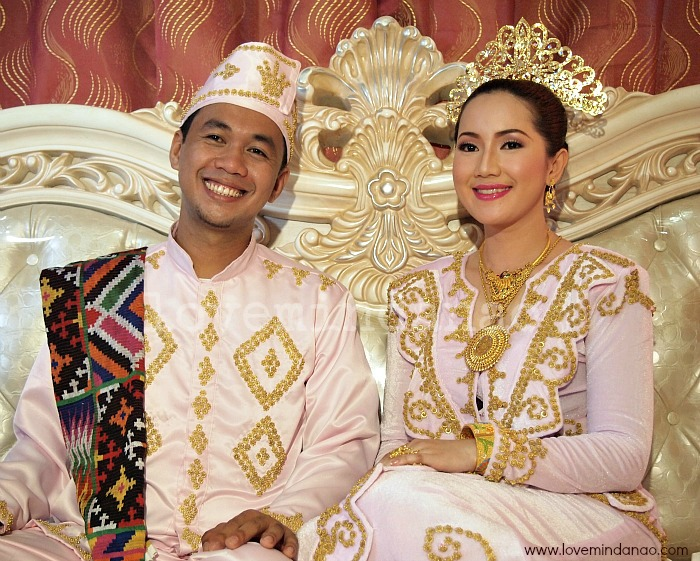 Tawi S Muslim Royal Wedding A Sacred Love Sealed Under The Moon