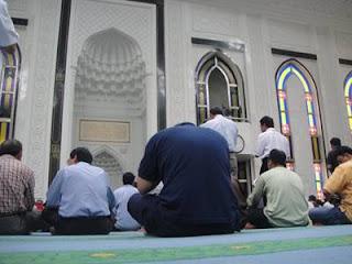 Niat Sholat Rawatib (Shalat Sunnah Qobliyah dan Ba'diyah) Lengkap