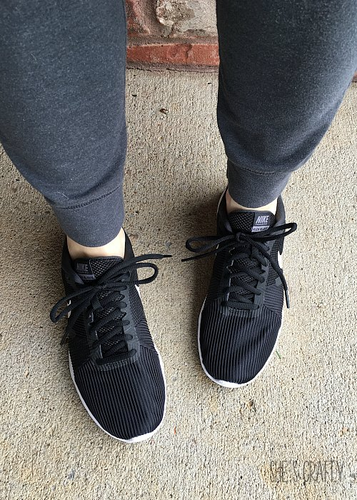 black nike shoes, joggers