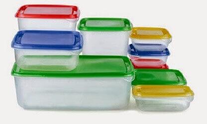 6 Tips Berkesan Hilangkan Bau Busuk Tupperware