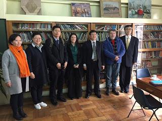 Asociación de Periodistas de China se reúne con mesa directiva del Colegio de Periodistas