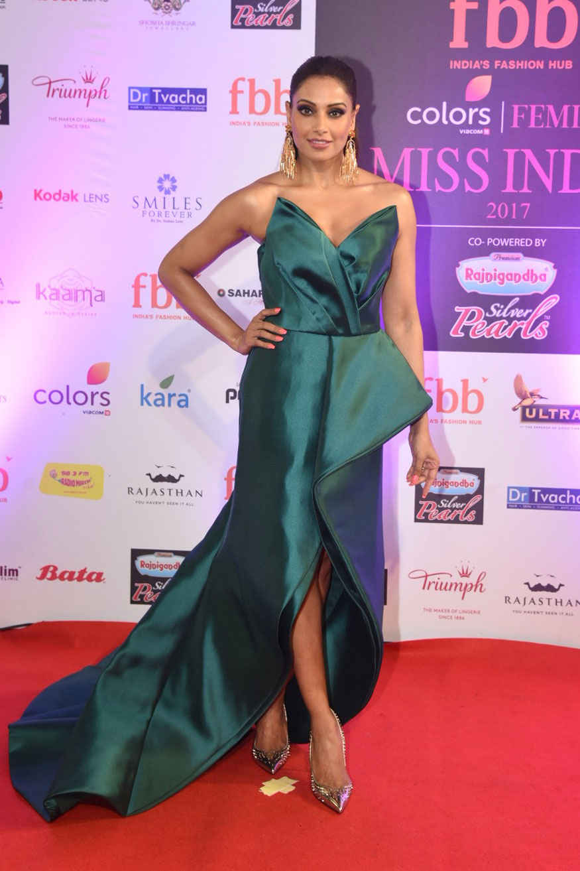 Bipasha Basu Attends Femina Miss India 2017 Finale at Yash Raj Studios
