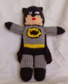http://translate.googleusercontent.com/translate_c?depth=1&hl=es&rurl=translate.google.es&sl=en&tl=es&u=http://stana-critters-etc.blogspot.com.es/2013/11/knitting-pattern-for-batman-toy.html&usg=ALkJrhjBsxVLb6jccNa3Slz1DImjbvjF_A