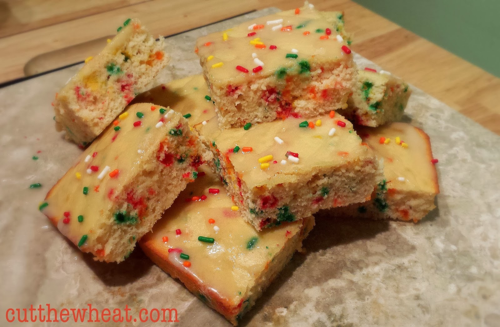 Very Low Sugar Cake Recipes: Low Carb Confetti Birthday Cake Bars