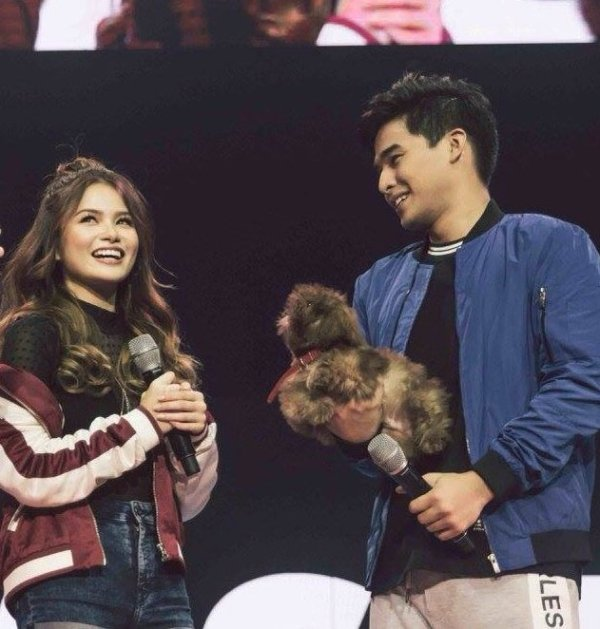 McCoy De Leon and Elisse Joson kilig moments in Hashtags Roadtrip concert
