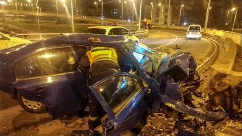 Brutális baleset a XIV. kerületben - a sofőr a helyszínen szörnyethalt
