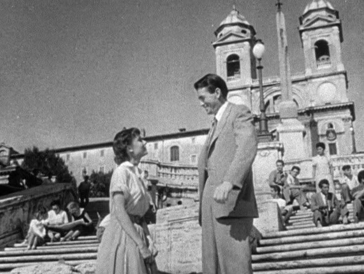 scena a piazza di spagna vacanze romane Audrey Hepburn