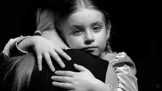 Children Who Get More Hugs Often Have More Developed Brains According To Research