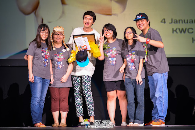 Malaysia Running Man Fans Club has many present for Kwang Soo Lee Kwang Soo Fan Meeting in Malaysia
