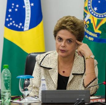 RECORDE: Reprovação a Dilma supera pior momento de Collor