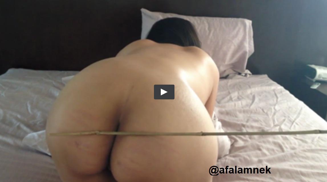 فيديو شرموطة سعودية شاربة حشيش بتتناك من اخوها و هى بترقص سكس