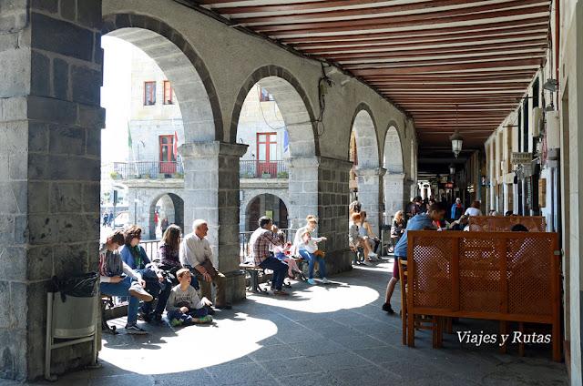 Soportales de la plaza del ayuntamiento de Castro Urdiales