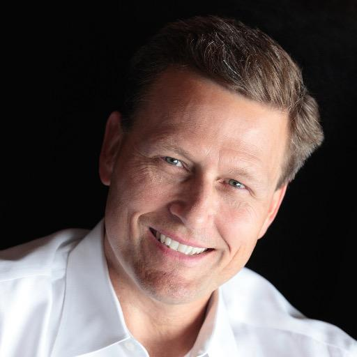 A Brief Biography of American Novelist David Baldacci