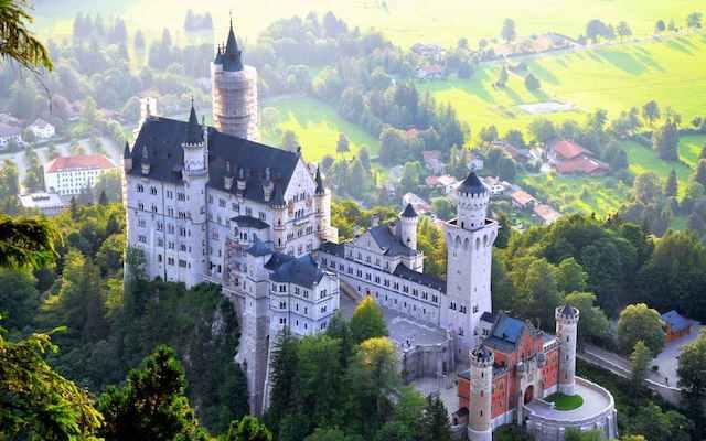 Castelo Neuschwanstein visto de cima