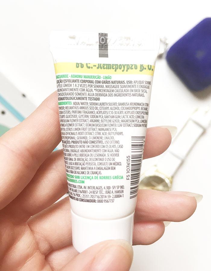 Informações, modo de uso e ingredientes da loção esfoliante corporal Manjericão-Limão Korres