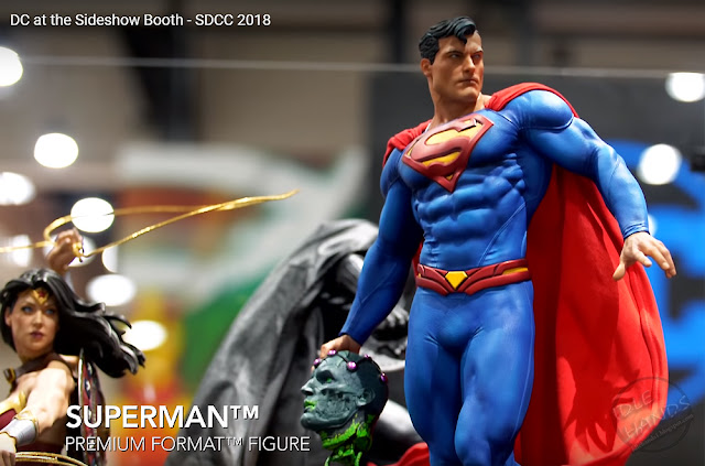 SDCC 2018 Sideshow DC Comics Superman Premium Format Figure 002