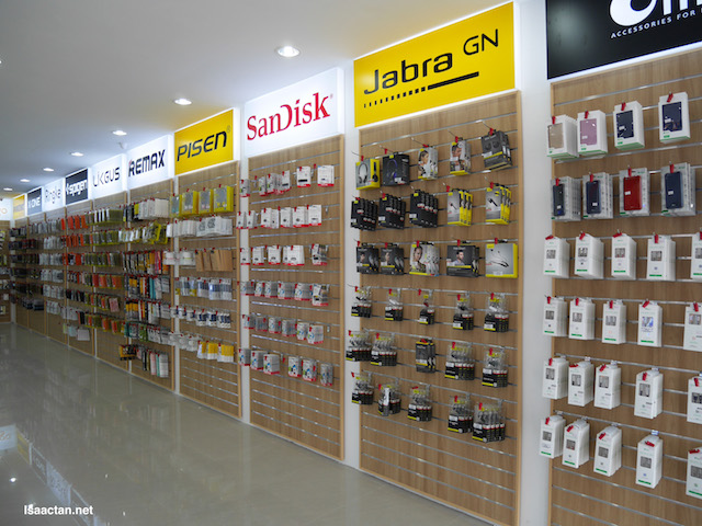 First floor of Mobile2Go, accessories