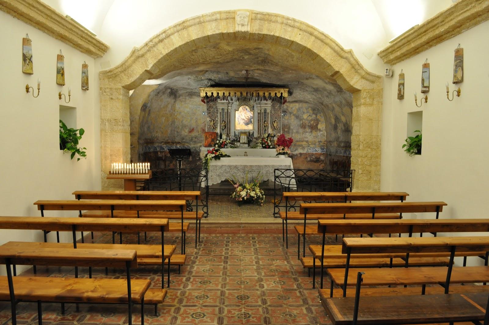 SANTUARIO ADONAI BRUCOLI accoglienza al santuario Adonai