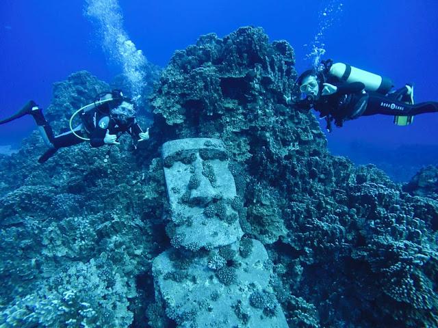 海に沈んだモアイ像がある?しかし実は…【c】